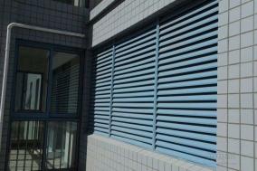 锌钢空调百叶窗为什么不生锈呢?